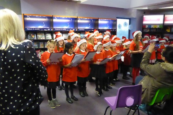 2016-12-13 - St Alban's Glee Club 001