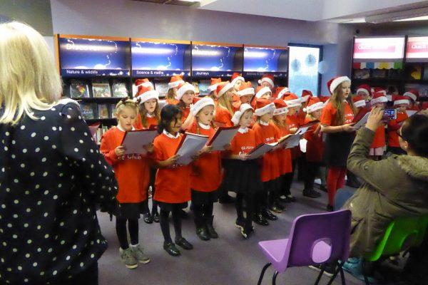 2016-12-13 - St Alban's Glee Club 001